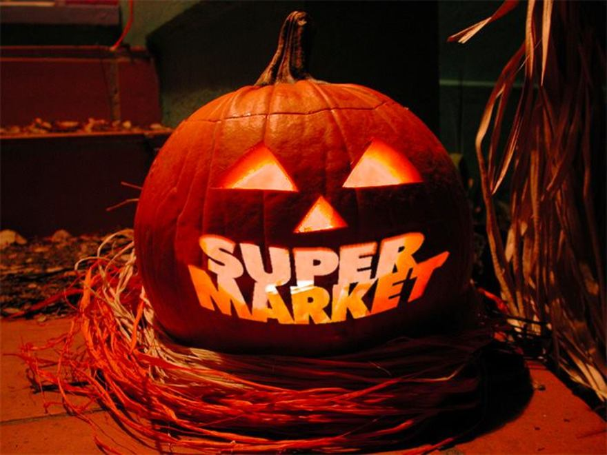 Large supermarket halloween